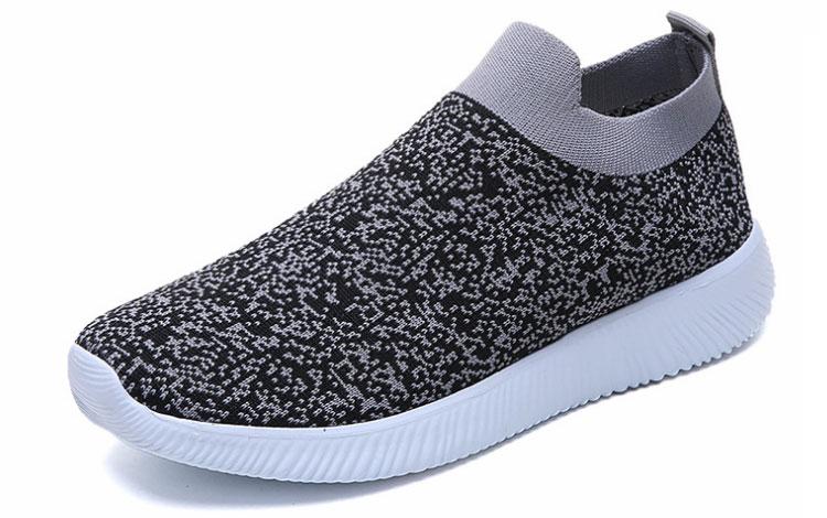 簡約時尚飛織運動鞋灰色