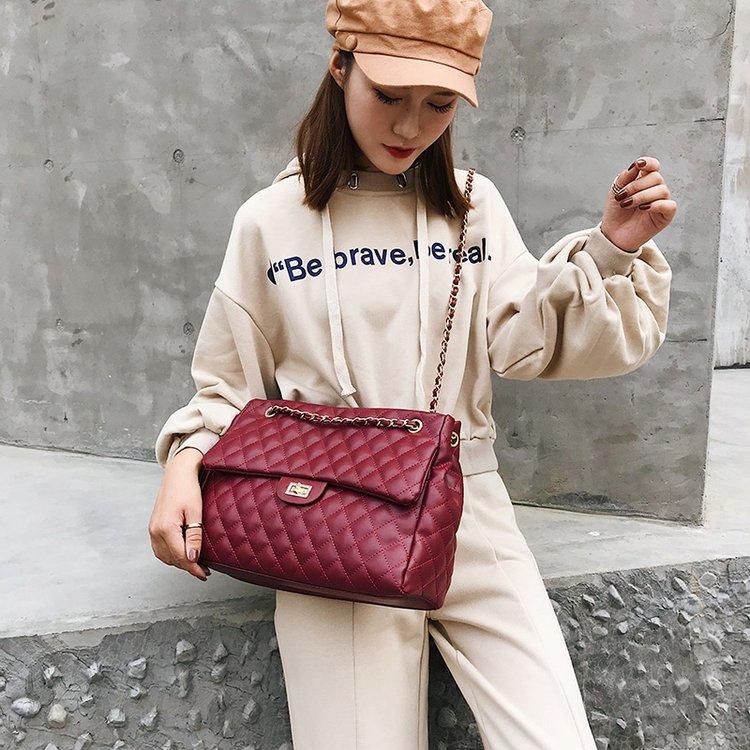 紅色女包側背包