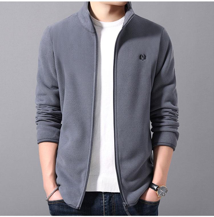 灰色夾克外套