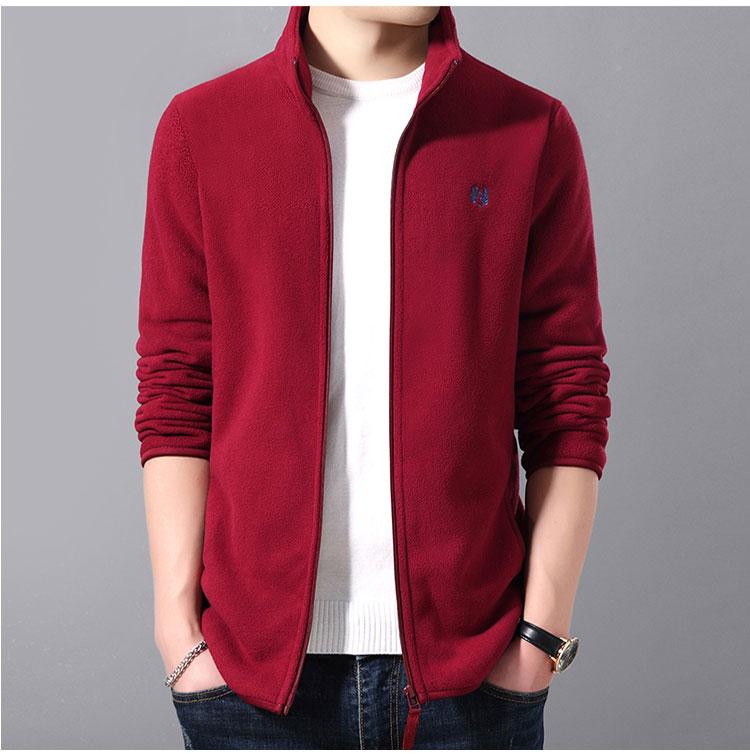 紅色夾克外套正面