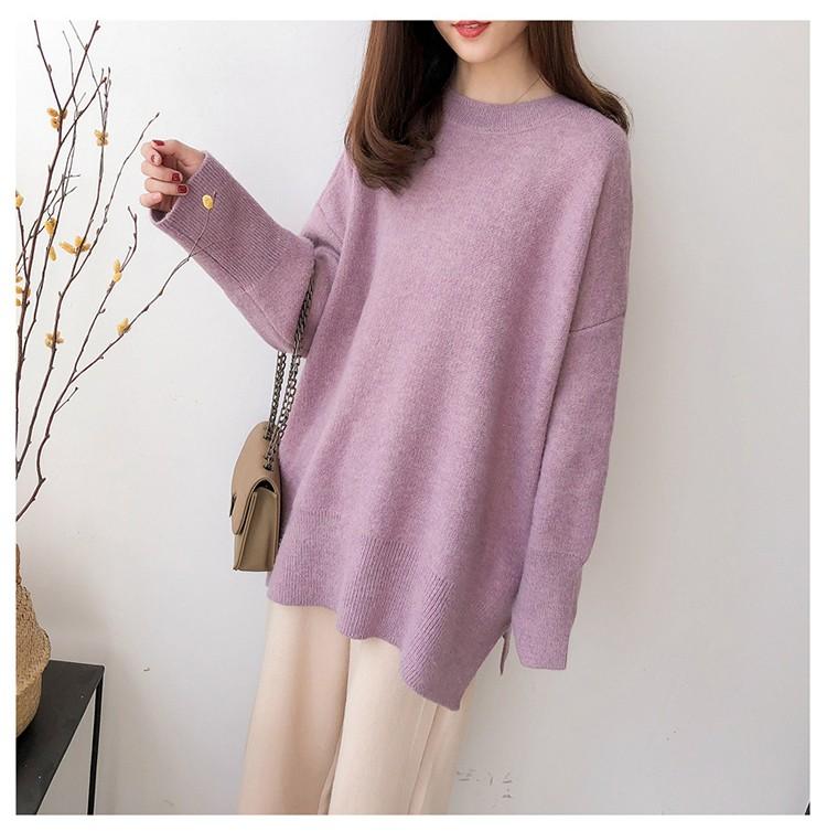 紫色針織毛衣模特展示